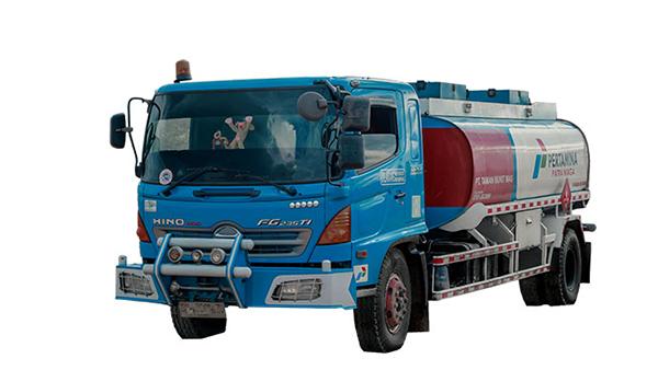 truk-tangki-10000-liter
